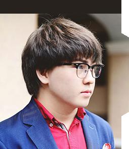 Blogger Adlet Bermukhamedov