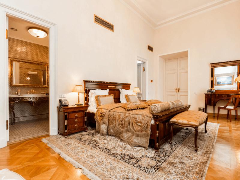 hotel_petroff_palace_02 (1)